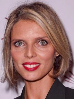 Sylvie tellier age 39 ans anniversaire c l brit for Une fenetre ouverte pauline ester